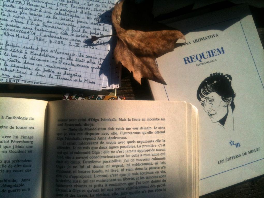 En lisant Akhmatova