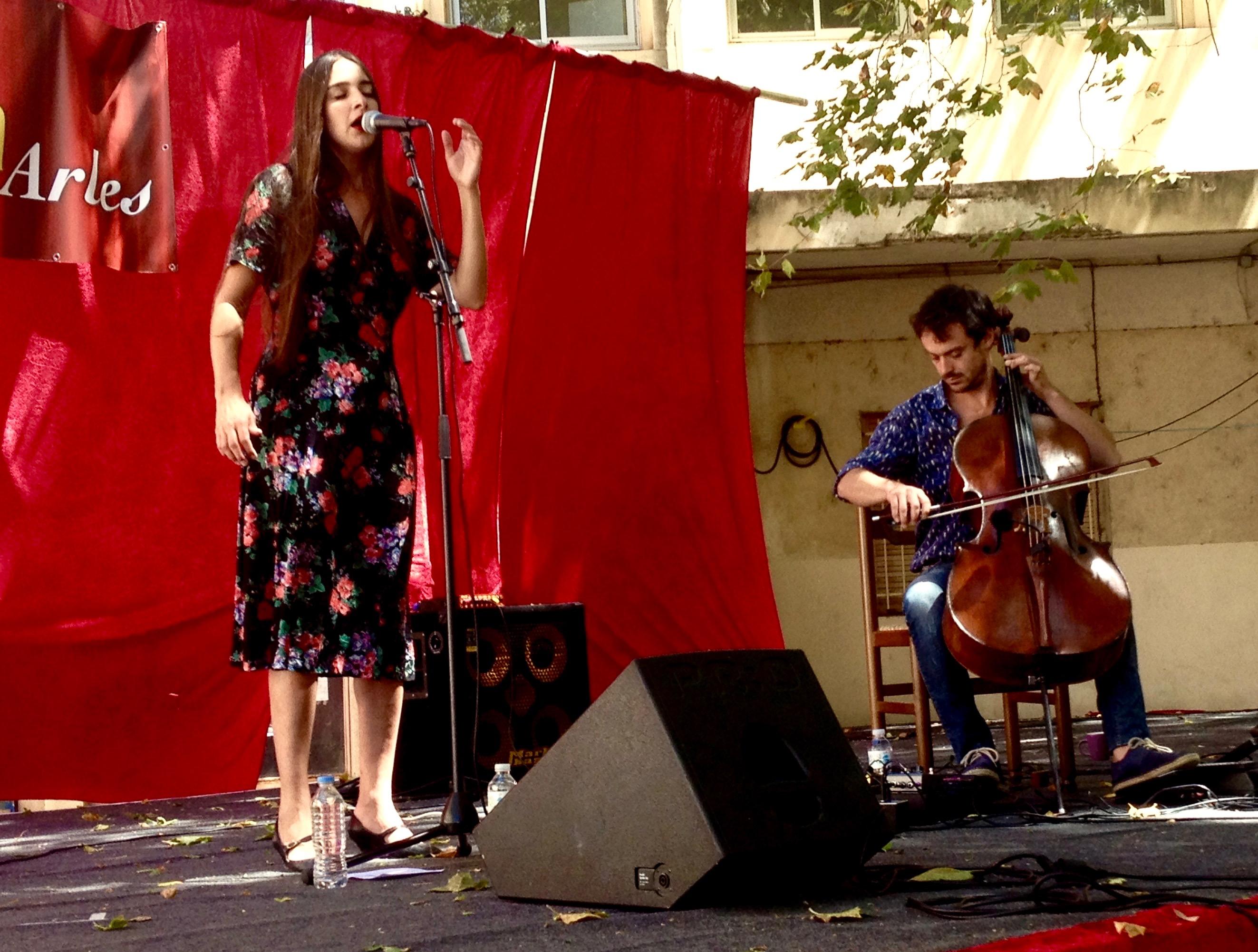 Marion Cousin & Gaspar Claus à Convivència, Arles, 15 juillet 2017 - © Tieri Briet
