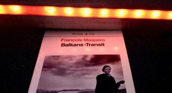 François Maspero et Klavdij Sluban, Balkans-Transit, photographié à Sarajevo, août 2017. © Tieri Briet