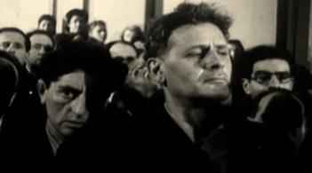 Peretz Markish lors de l'enterrement de son ami, le comédien Solomon Mikhoels, en janvier 1948